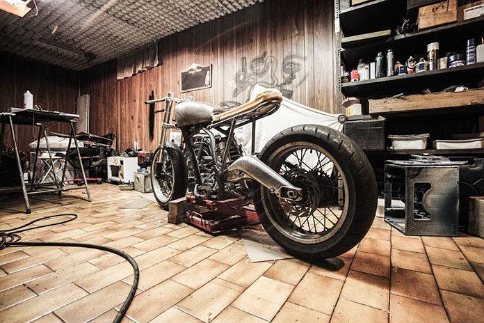 Jak zabezpieczyć motocykl przed zimą?